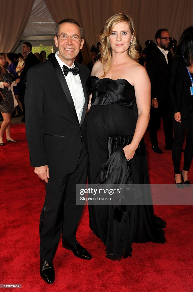 Artist <a gi-track='captionPersonalityLinkClicked' href=/galleries/search?phrase=Jeff+Koons&family=editorial&specificpeople=220233 ng-click='$event.stopPropagation()'>Jeff Koons</a> and Justine Koons attend the Costume Institute Gala Benefit to celebrate the opening of the 'American Woman: Fashioning a National Identity' exhibition at The Metropolitan Museum of Art on May 3, 2010 in New York City.