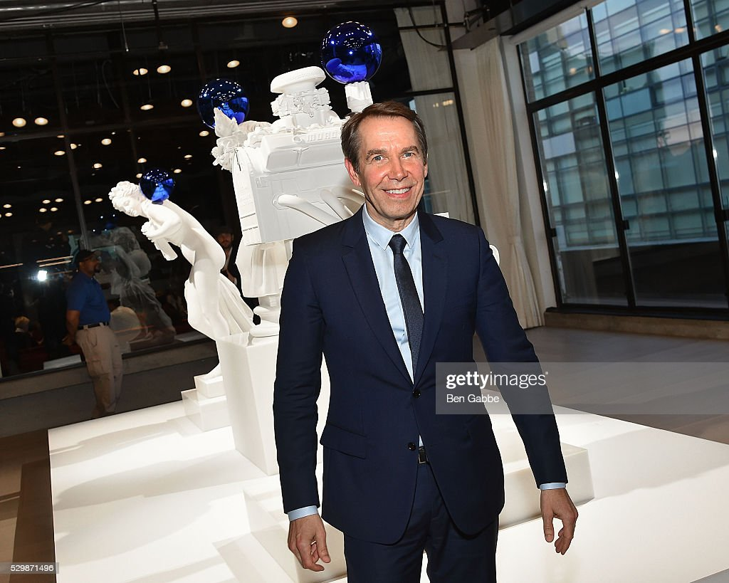 Artist <a gi-track='captionPersonalityLinkClicked' href=/galleries/search?phrase=Jeff+Koons&family=editorial&specificpeople=220233 ng-click='$event.stopPropagation()'>Jeff Koons</a> attends the <a gi-track='captionPersonalityLinkClicked' href=/galleries/search?phrase=Jeff+Koons&family=editorial&specificpeople=220233 ng-click='$event.stopPropagation()'>Jeff Koons</a> x Google launch on May 09, 2016 in New York, New York.
