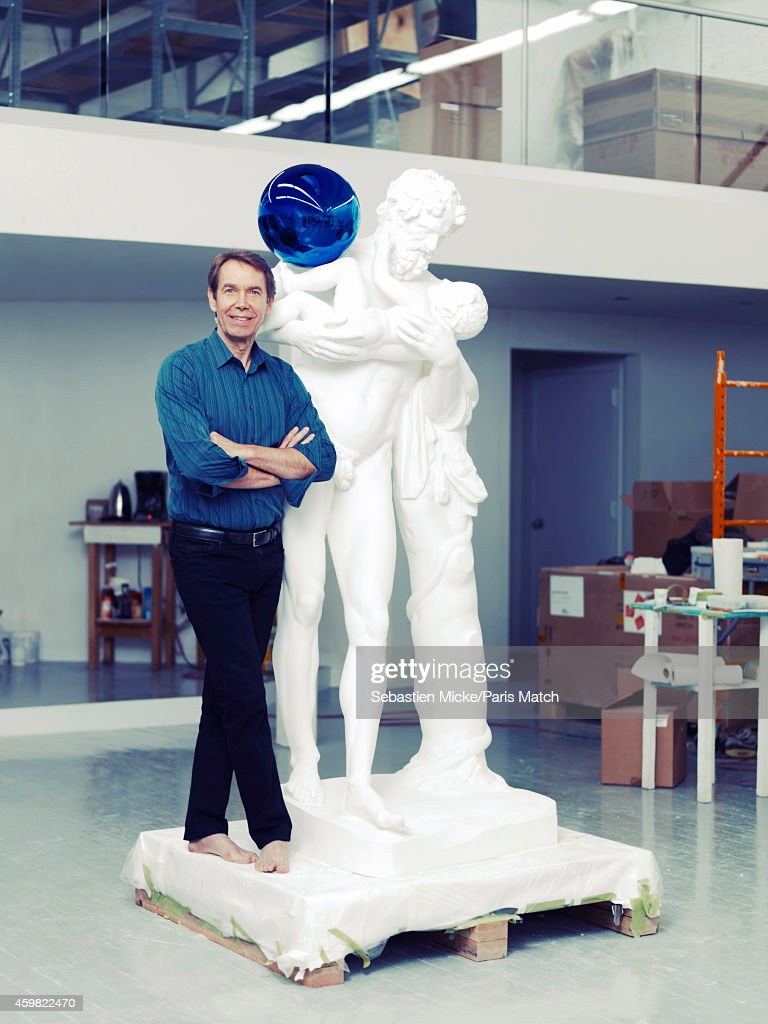 Artist <a gi-track='captionPersonalityLinkClicked' href=/galleries/search?phrase=Jeff+Koons&family=editorial&specificpeople=220233 ng-click='$event.stopPropagation()'>Jeff Koons</a> is photographed for Paris Match is his studio on November 14, 2014 in New York City.