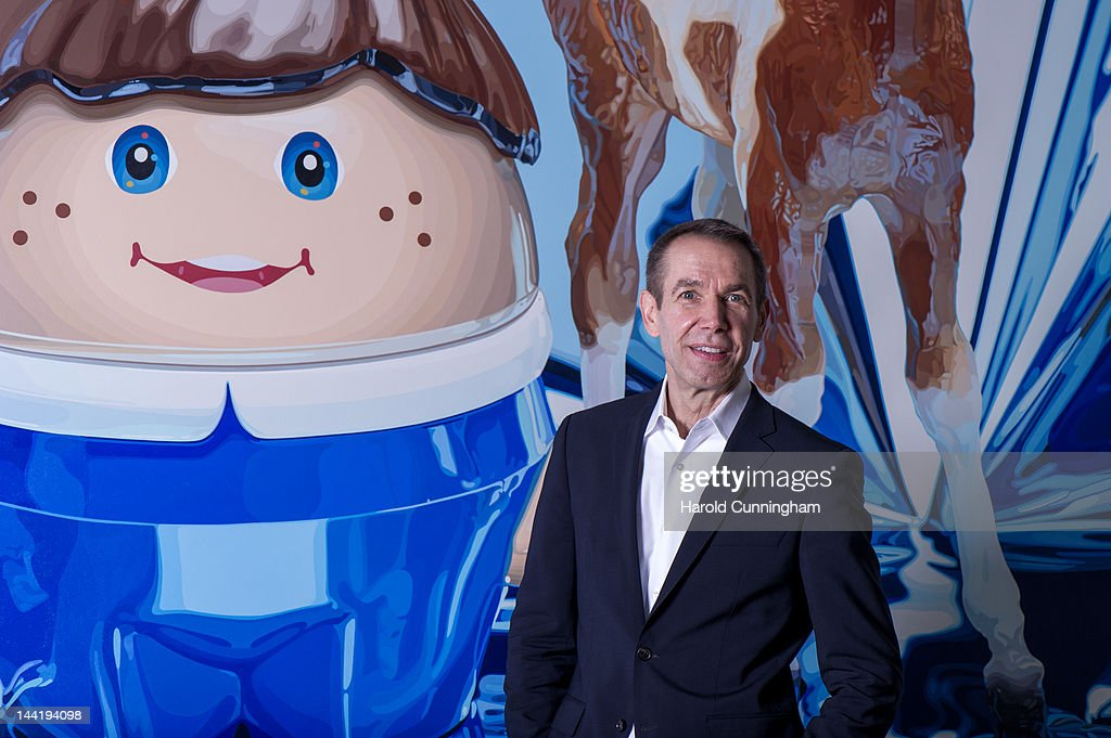 Artist Jeff Koons poses during the 'Jeff Koons' exhibition preview at the Fondation Beyeler on May 11, 2012 in Basel, Switzerland. The exhibition devoted to the American artist will be on display from May 13 until September 2, 2012.