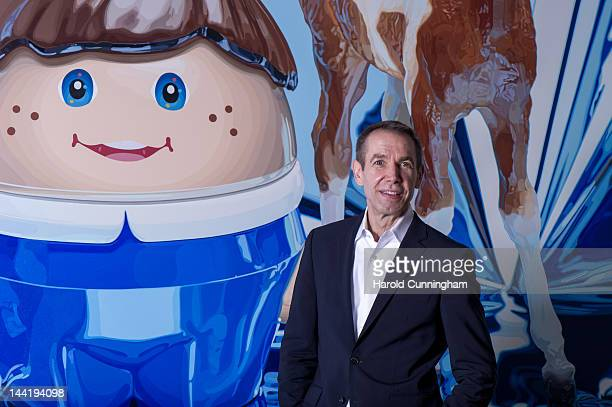 Artist Jeff Koons poses during the 'Jeff Koons' exhibition preview at the Fondation Beyeler on May 11 2012 in Basel Switzerland The exhibition...