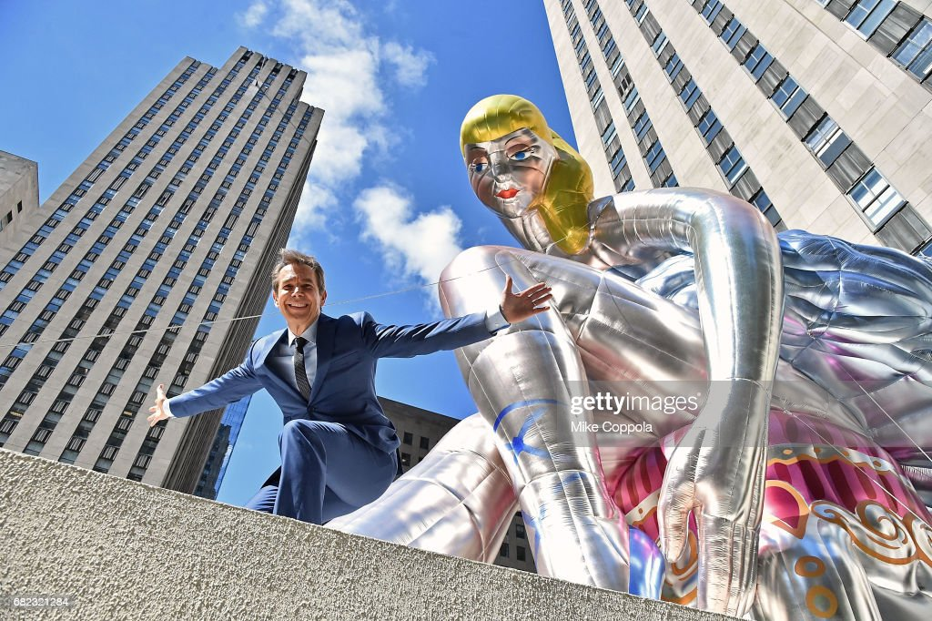 Jeff Koons Unveils Seated Ballerina Inflatable Sculpture