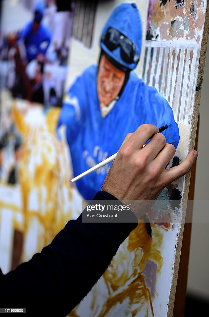 Artist <a gi-track='captionPersonalityLinkClicked' href=/galleries/search?phrase=John+Fitzgerald&family=editorial&specificpeople=211326 ng-click='$event.stopPropagation()'>John Fitzgerald</a> paints at Curragh racecourse on June 30, 2013 in Kildare, Ireland.