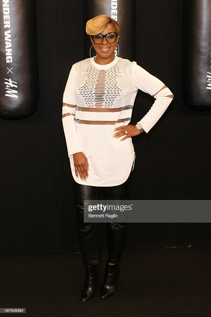 Artist Mary J Blige attends the Alexander Wang X H&M Launch on October 16, 2014 in New York City.