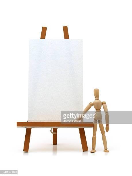 Artiste modèle avec Chevalet de peintre