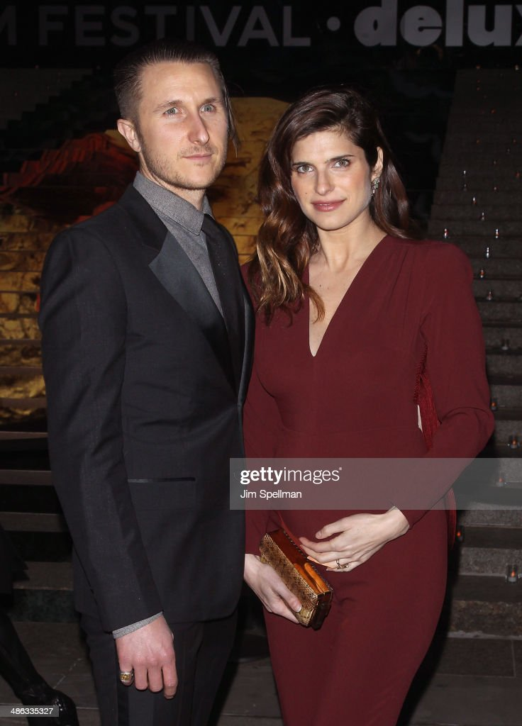 Artist Scott Campbell actress <a gi-track='captionPersonalityLinkClicked' href=/galleries/search?phrase=Lake+Bell&family=editorial&specificpeople=209336 ng-click='$event.stopPropagation()'>Lake Bell</a> attends the Vanity Fair Party during the 2014 Tribeca Film Festival at The State Supreme Courthouse on April 23, 2014 in New York City.