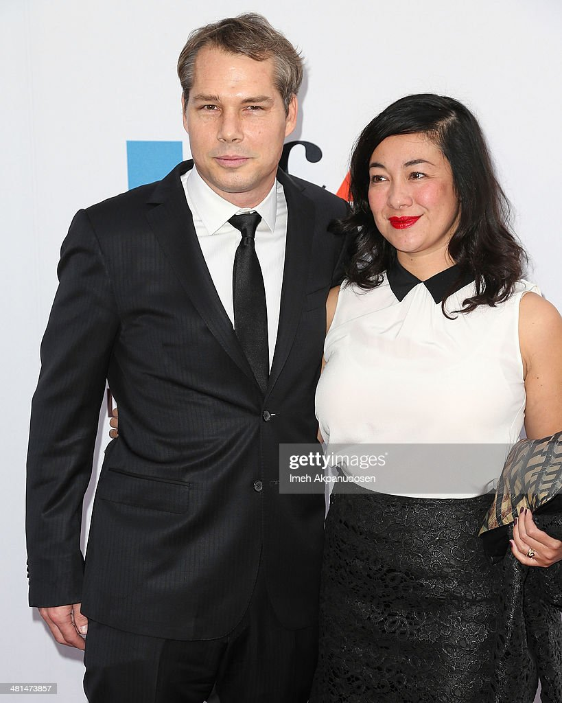 Artist <a gi-track='captionPersonalityLinkClicked' href=/galleries/search?phrase=Shepard+Fairey&family=editorial&specificpeople=2155817 ng-click='$event.stopPropagation()'>Shepard Fairey</a> (L) and Amanda Fairey attend The Museum Of Contemporary Art, Los Angeles, Celebrates 35th Anniversary Gala Presented By Louis Vuitton at The Geffen Contemporary at MOCA on March 29, 2014 in Los Angeles, California.