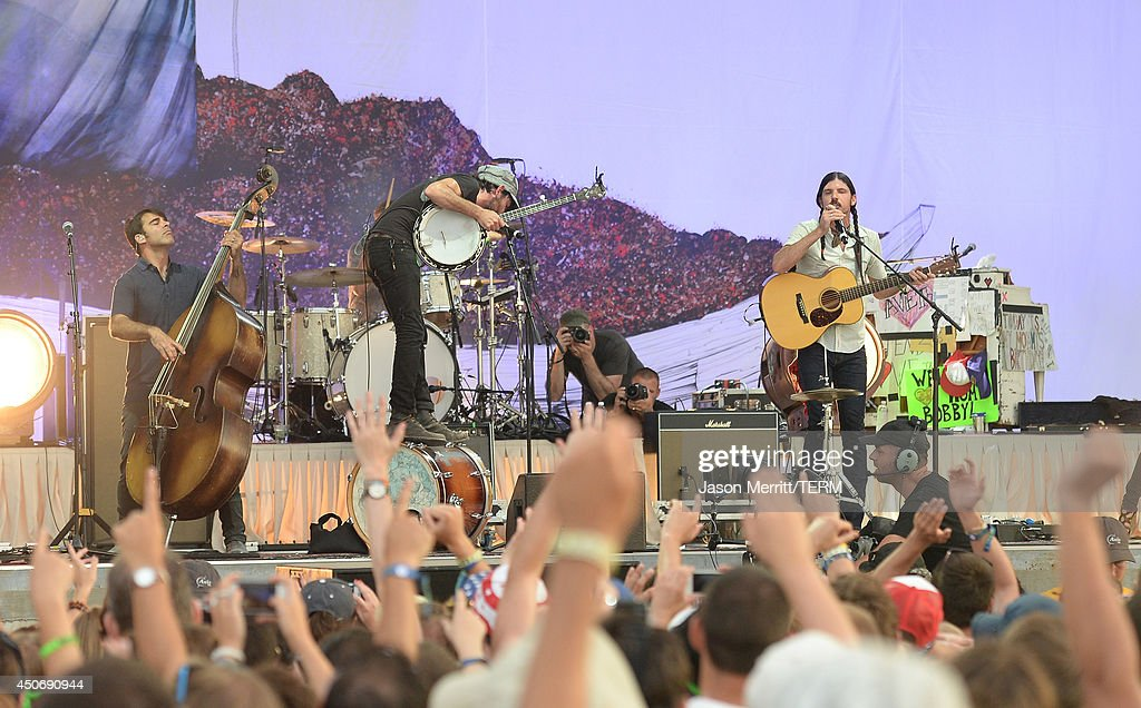 Artist The Avett Brothers perform during the 2014 Bonnaroo Music & Arts Festival on June 15, 2014 in Manchester, Tennessee.