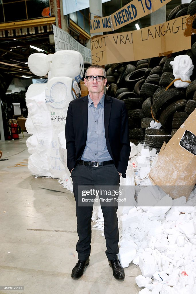 Artist <a gi-track='captionPersonalityLinkClicked' href=/galleries/search?phrase=Thomas+Hirschhorn&family=editorial&specificpeople=3955323 ng-click='$event.stopPropagation()'>Thomas Hirschhorn</a> front of is work 'Eternal Flame' (Flamme Eternelle) attends the Friend's of Palais De Tokyo's Dinner. Held at Palais De Tokyo on May 20, 2014 in Paris, France.