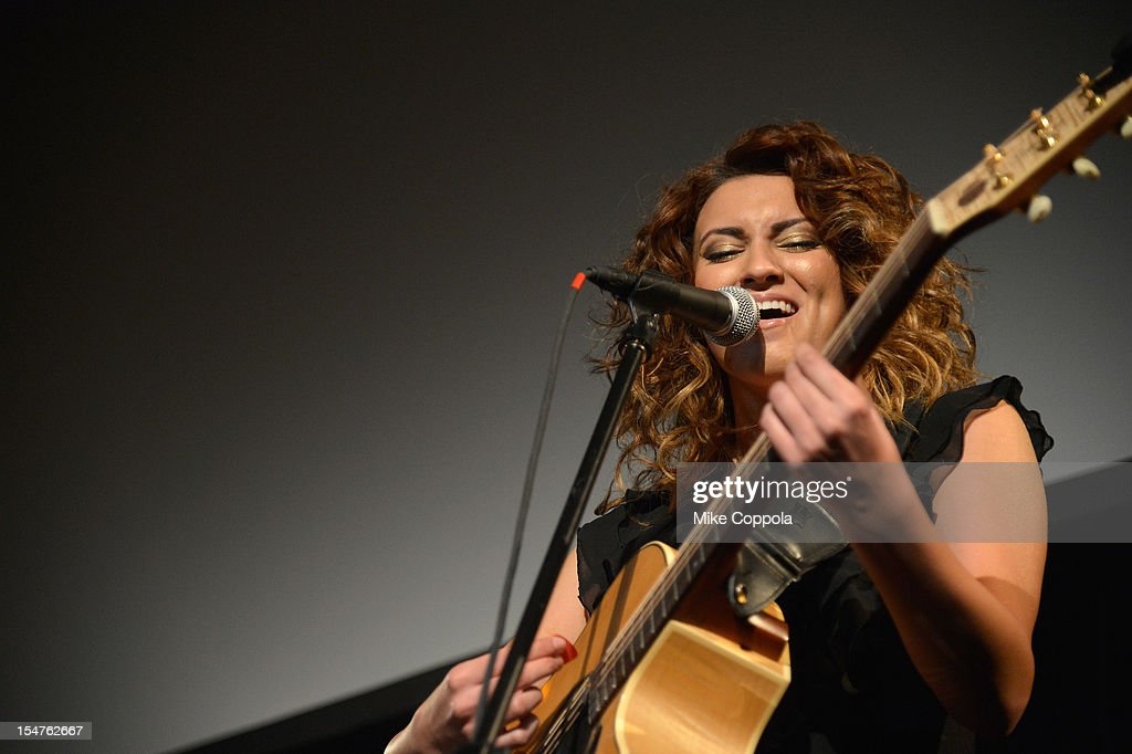 Artist Tory Kelly performs at the second annual Pencils of Promise Gala at Guastavino's on October 25, 2012 in New York City.