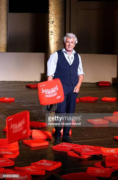 Artistic Director of the Festival Michel Boujenah during the traditional throw of cushions at the final of his show 'Ma vie revee' for the last...