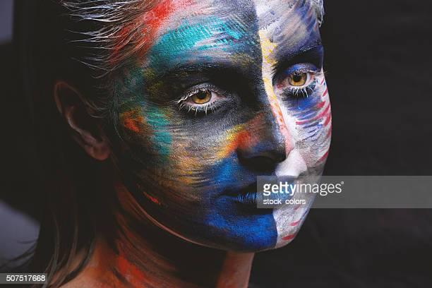 Obras de pintura de cara