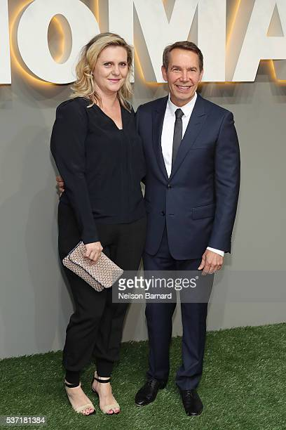 Artists Justine Wheeler Koons and Jeff Koons attend the 2016 Museum of Modern Art Party in the Garden at Museum of Modern Art on June 1 2016 in New...