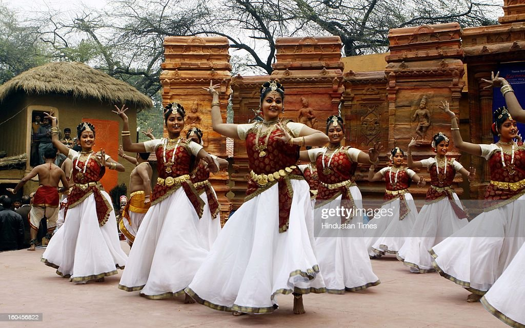 Artists performs at SurajKund Mela on January 31, 2013 in Faridabad, India. The Surajkund Mela will begin on February 1, 2013, the festival this year has been upgraded as 'international', and 21 countries from Africa, Eurasia and SAARC nations would participate.