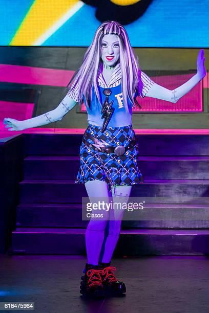 Monster High Music Dance