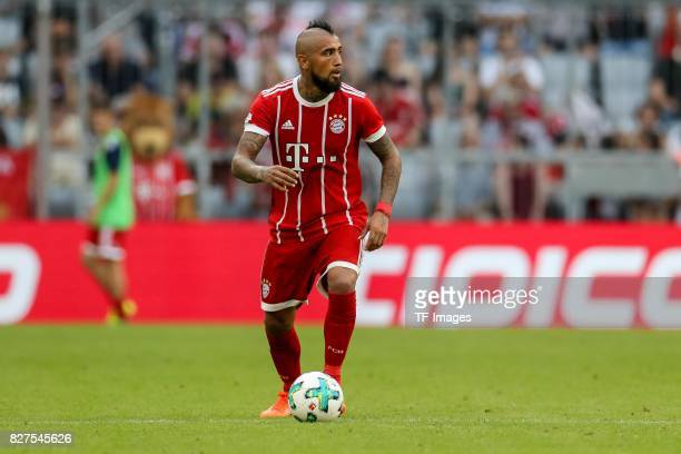 Arturo Erasmo Vidal of Bayern Muenchen controls the ball during the Audi Cup 2017 match between SSC Napoli and FC Bayern Muenchen at Allianz Arena on...