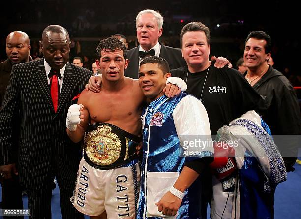 Arturo Gatti and his camp pose for photographers after Gatti defeated Thomas Damgaard by way of an 11th round TKO after the IBA Welterweight...