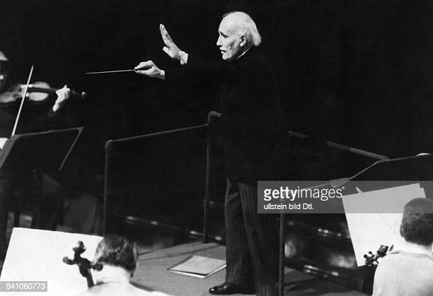 Arturo Toscanini*25031867Musician conductor Italyconducting the NBC Symphony Orchestra