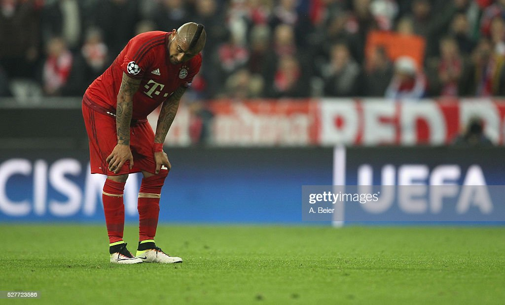 Arturo Vidal of Bayern Muenchen reacts after his team's loss of the Champions League semi final second leg match between FC Bayern Muenchen and Club Atletico de Madrid at Allianz Arena on May 3, 2016 in Munich, Germany.