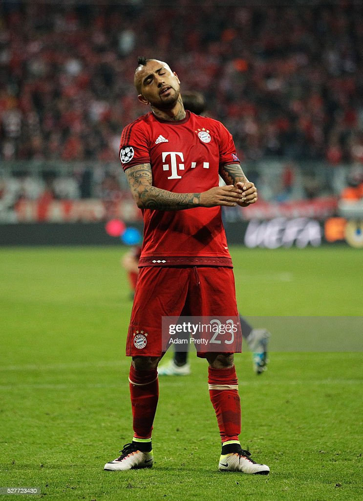 Arturo Vidal of Bayern Munich looks dejected after the UEFA Champions League semi final second leg match between FC Bayern Muenchen and Club Atletico de Madrid at Allianz Arena on May 3, 2016 in Munich, Germany. Bayern Munich won the match 2-1, but Atletico Madrid reached the final on the away goals rule.