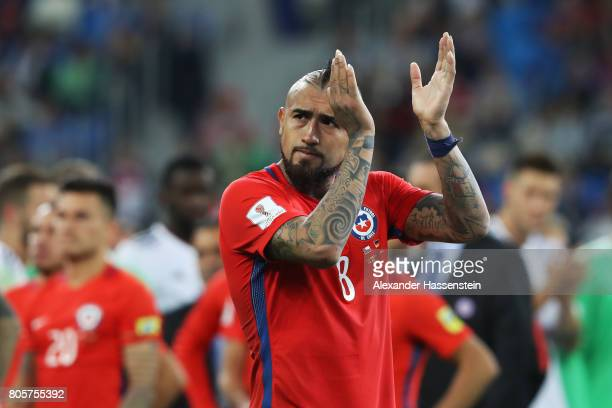 Arturo Vidal of Chile shows appreciation to the fans after the FIFA Confederations Cup Russia 2017 Final between Chile and Germany at Saint...