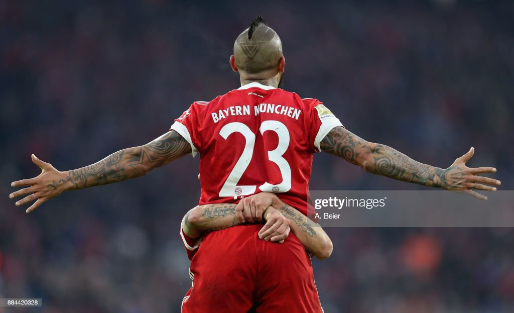 Arturo Vidal of FC Bayern Muenchen celebrates his first goal during the Bundesliga match between FC Bayern Muenchen and Hannover 96 at Allianz Arena on December 2, 2017 in Munich, Germany.