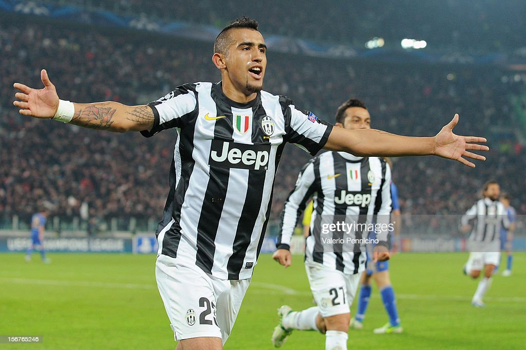 <a gi-track='captionPersonalityLinkClicked' href=/galleries/search?phrase=Arturo+Vidal&family=editorial&specificpeople=2223374 ng-click='$event.stopPropagation()'>Arturo Vidal</a> of Juventus celebrates a goal during the UEFA Champions League Group E match between Juventus and Chelsea FC at Juventus Arena on November 20, 2012 in Turin, Italy.