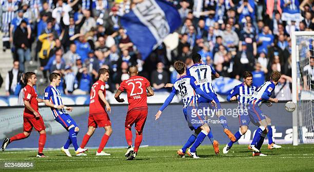 Arturo Vidal of Muenchen scores his goal during the Bundesliga match between Hertha BSC and FC Bayern Muenchen at Olympiastadion on April 23 2016 in...