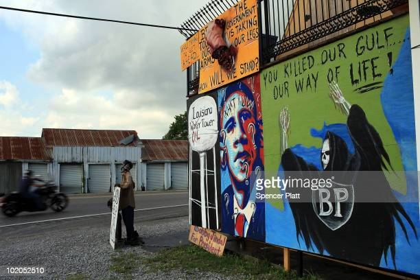 Artwork on a wall voices displeasure with both BP and President Obama June 13 2010 in Lafourche Louisiana The spill has been called the largest...