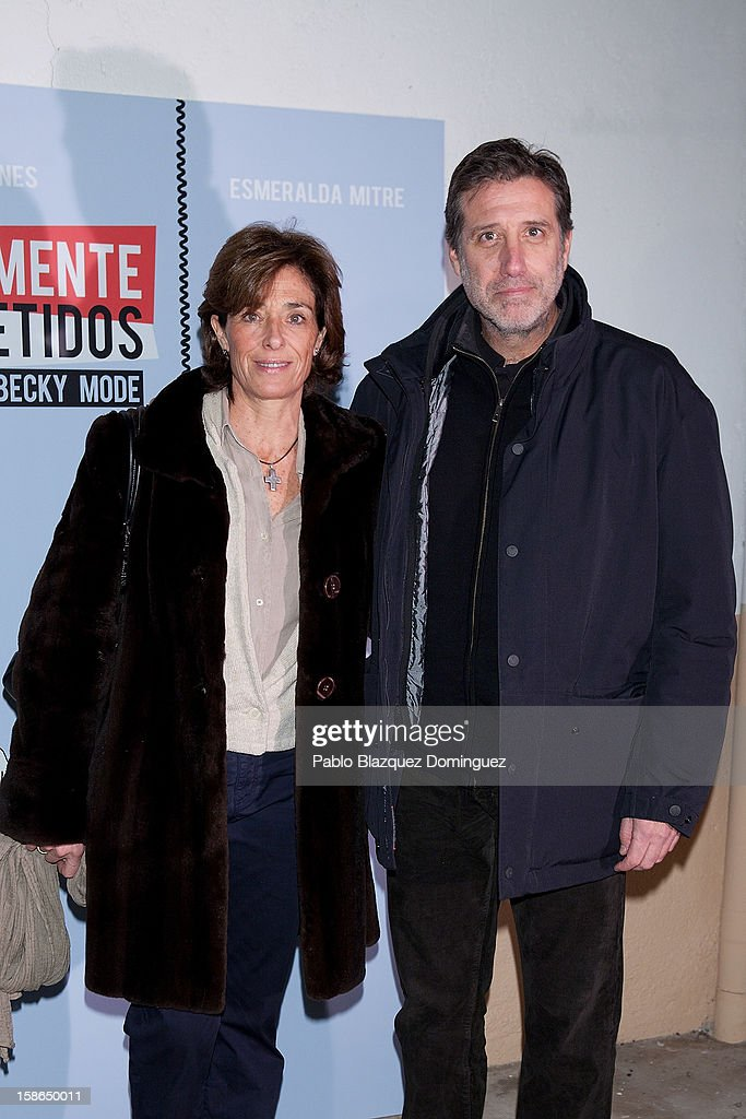 Aruca Fernandez Vega and <a gi-track='captionPersonalityLinkClicked' href=/galleries/search?phrase=Emilio+Aragon&family=editorial&specificpeople=3754665 ng-click='$event.stopPropagation()'>Emilio Aragon</a> attend 'Absolutamente Comprometidos' premiere at Teatro del Arte de Madrid on December 22, 2012 in Madrid, Spain.