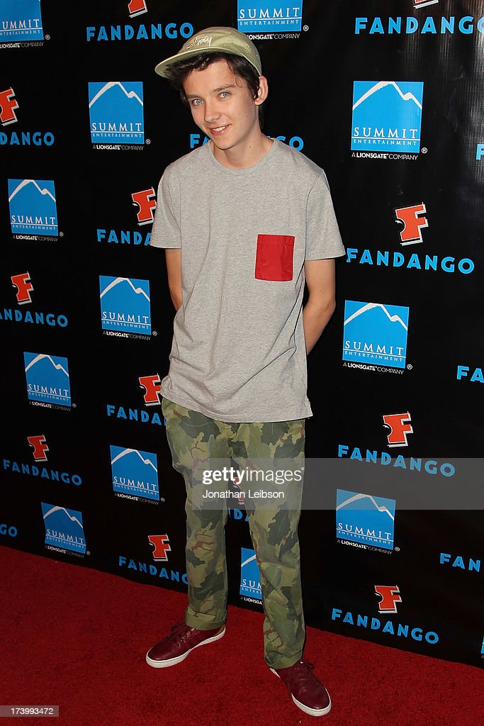 <a gi-track='captionPersonalityLinkClicked' href=/galleries/search?phrase=Asa+Butterfield&family=editorial&specificpeople=5523693 ng-click='$event.stopPropagation()'>Asa Butterfield</a> attends the Summit Entertainment's Comic-Con Red Carpet Press Event - Comic-Con International 2013 at Hard Rock Hotel San Diego on July 18, 2013 in San Diego, California.