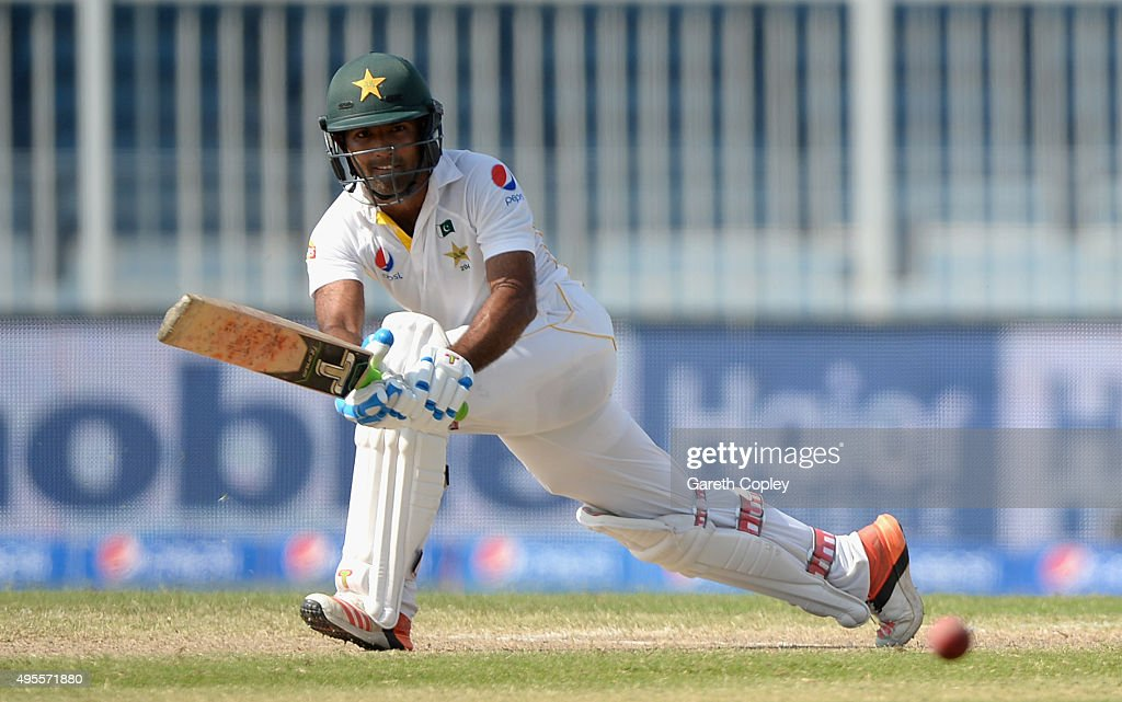 <a gi-track='captionPersonalityLinkClicked' href=/galleries/search?phrase=Asad+Shafiq&family=editorial&specificpeople=7061328 ng-click='$event.stopPropagation()'>Asad Shafiq</a> of Pakistan bats during day four of the 3rd Test between Pakistan and England at Sharjah Cricket Stadium on November 4, 2015 in Sharjah, United Arab Emirates.