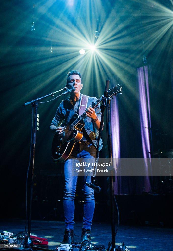 Asaf Avidan  Performs At L'Olympia In Paris