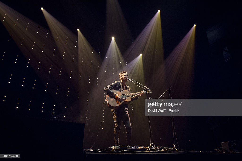 <a gi-track='captionPersonalityLinkClicked' href=/galleries/search?phrase=Asaf+Avidan&family=editorial&specificpeople=6824137 ng-click='$event.stopPropagation()'>Asaf Avidan</a> performs at Zenith de Paris on March 18, 2015 in Paris, France.