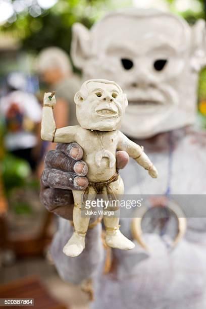 Asaro Mudmen figures for sale, Port Moresby, Papua New Guinea