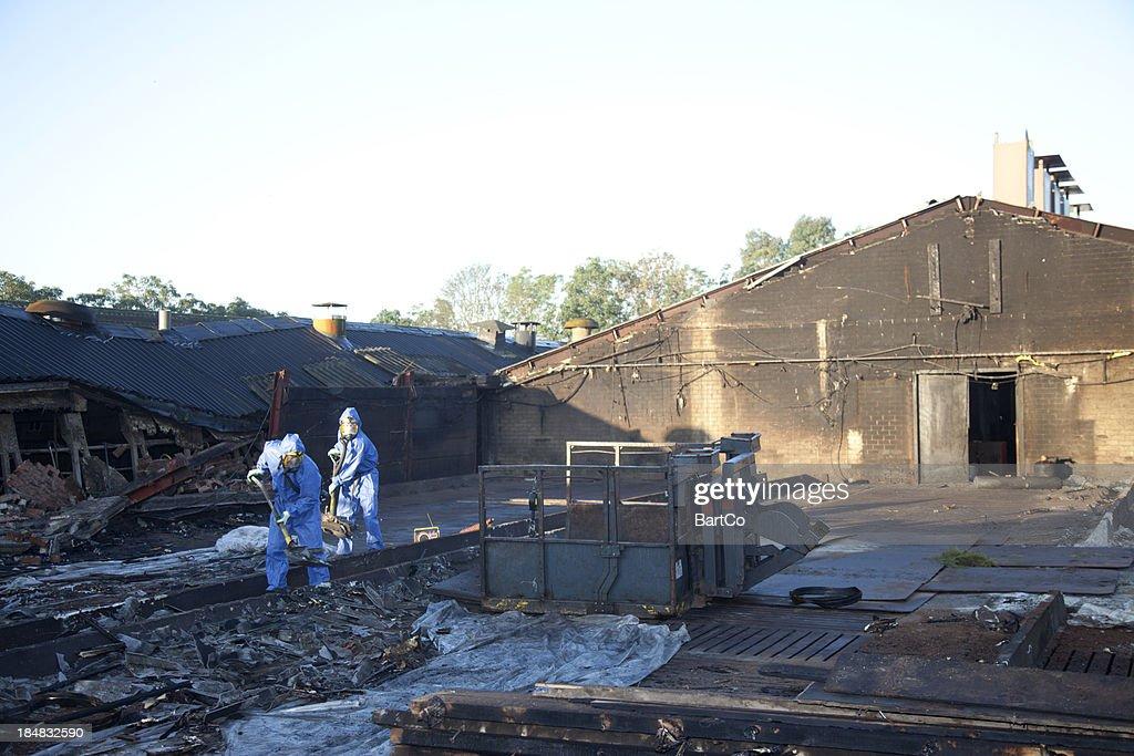 Asbestos cleanup