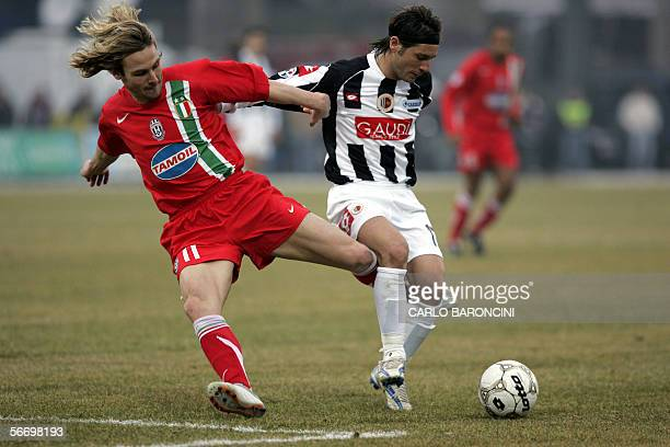 Juventus midfielder Pavel Nedved fights for the ball with Ascoli's midfielder Pasquale Foggia during their italian serie A football match 29 January...