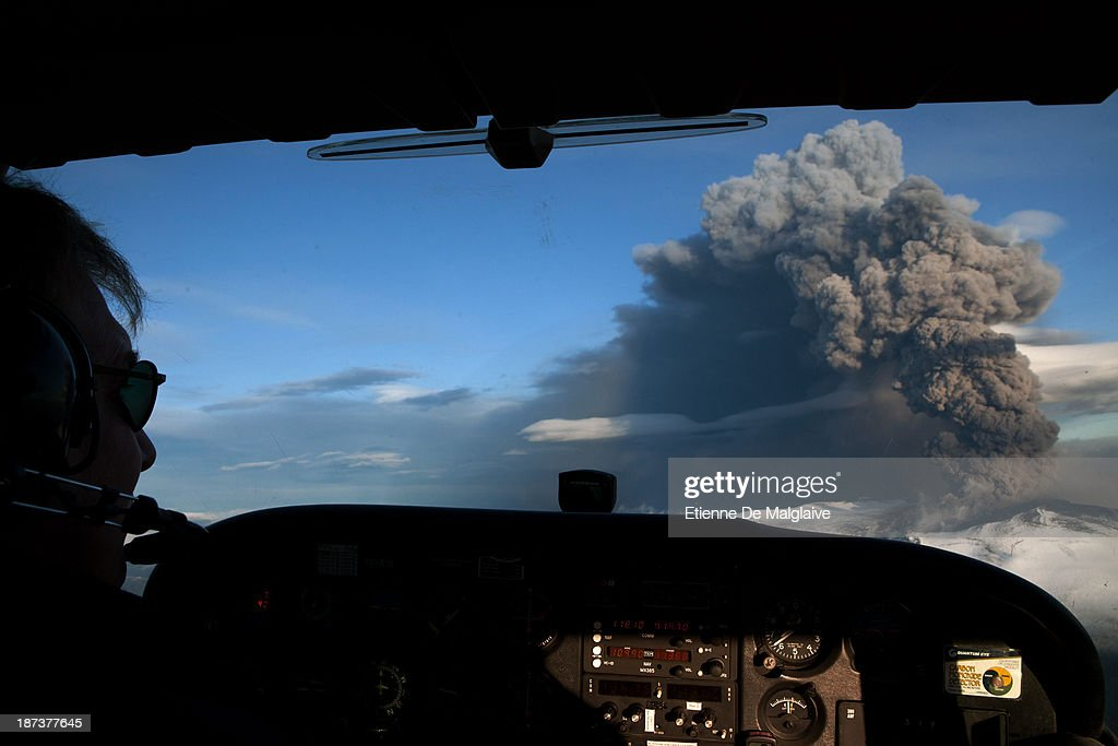 Ash plume from Iceland's Eyjafjallajokull crater during it's eruption, spewing tephra and ashes that drift toward continental Europe, Seen from a Cesna aircraft on May 15, 2010 near Reykjavik, Iceland. On this day the ash cloud rose to an average of 6 km (20,000 ft) peaking at 8 km (26,000 ft) said Icelandic Meteorological Office and Institute of Earth Sciences, University of Iceland.