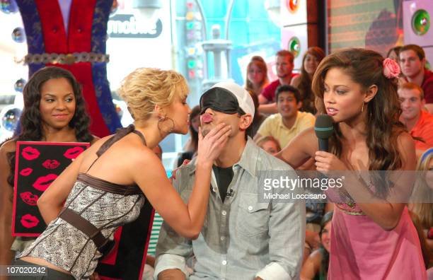 Ashanti Arielle Kebbel Jesse Metcalfe and MTV VJ Vanessa Minnillo