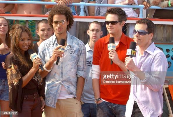 Ashanti MTV VJ's Quddus Damien Fahey and John Norris