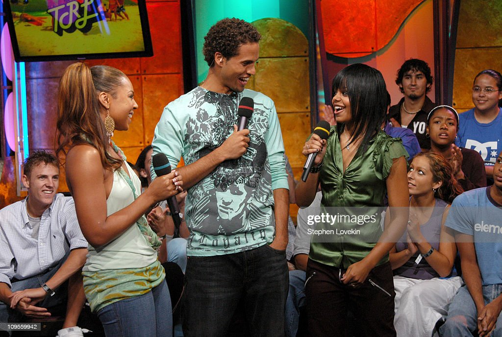 Ashanti, Quddus, and FeFe Dobson during Andy Dick, Ashanti, and FeFe Dobson Visit MTV's 'TRL' - July 12, 2004 at MTV Studios in New York City, New York, United States.