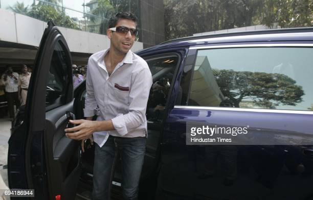Ashish Nehra arrives at teh BCCI office to seek clarifications over sponsorship issues for the World Cup and IPL4