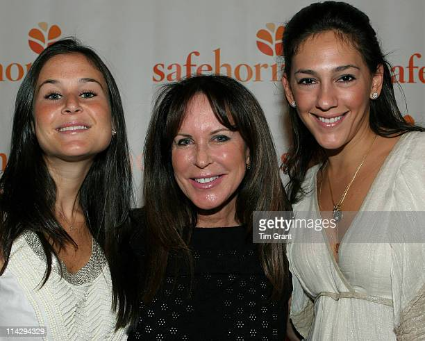 Ashlee Stark Andrea Stark and Laurie Stark during Safe Horizon Champion Awards Luncheon May 11 2006 at The 69TH Regiment Armory in New York New York...