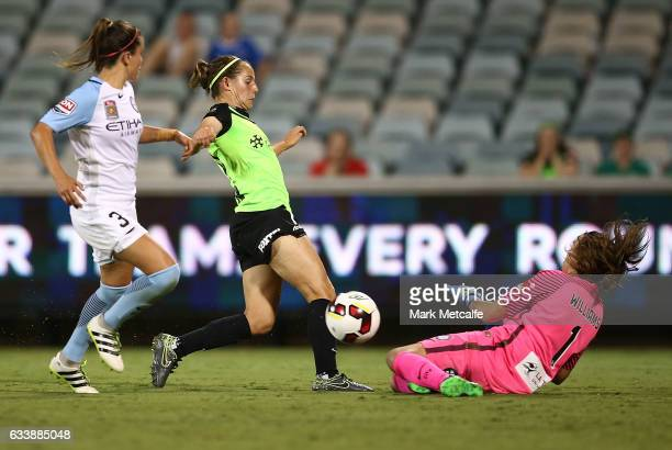 Ashleigh Sykes of Canberra shoots during the WLeague Semi Final match between Canberra United and Melbourne City FC at GIO Stadium on February 5 2017...