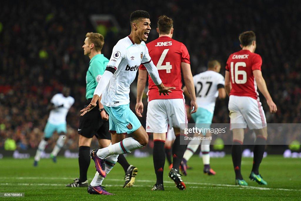 Manchester United v West Ham United - EFL Cup Quarter-Final : News Photo
