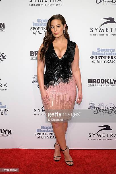 Ashley Graham attends the 2016 Sports Illustrated Sportsperson of the Year at Barclays Center of Brooklyn on December 12 2016 in the Brooklyn borough...