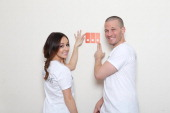Ashley Hebert and JP Rosenbaum join Valspar Paint to launch the Valspar Color Project video series benefitting Habitat for Humanity on February 16...