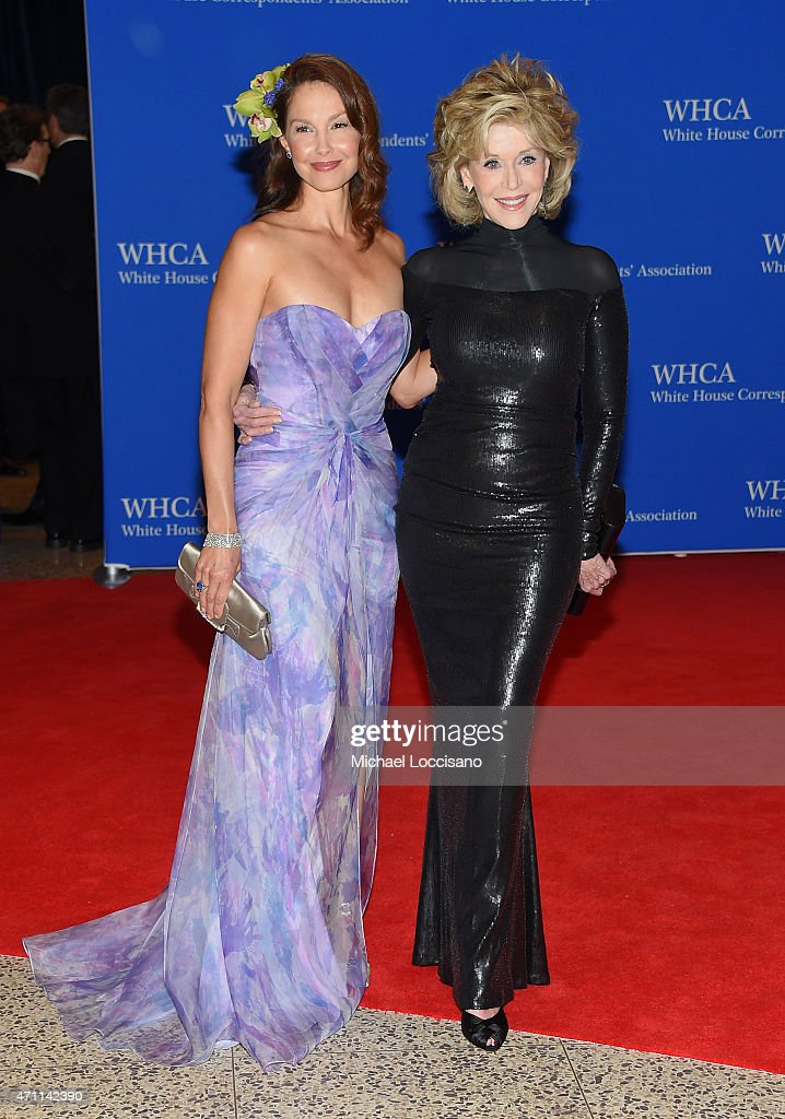 Ashley Judd and Jane Fonda attend the 101st Annual White House Correspondents' Association Dinner at the Washington Hilton on April 25, 2015 in Washington, DC.