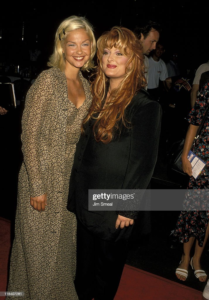 Ashley Judd and Wynonna Judd during Grand Opening of the Country Star Restaurant August 21 1994 at Universal Studios in Universal City California...