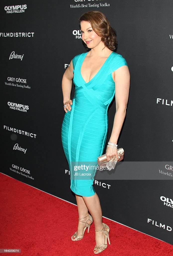 Ashley Judd attends the 'Olympus Has Fallen' Los Angeles Premiere held at ArcLight Cinemas Cinerama Dome on March 18, 2013 in Hollywood, California.